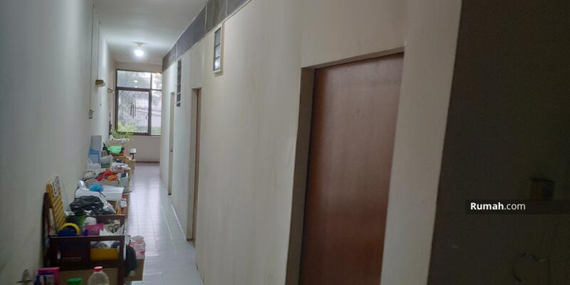 Gajah Mada PLaza  pusat bisnis barang langka Malang #102256488