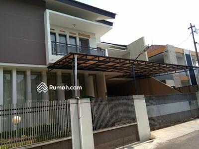 Dijual - Dijual Dibawah Pasar Komplek Situsari Suryalaya Buah Batu Bandung