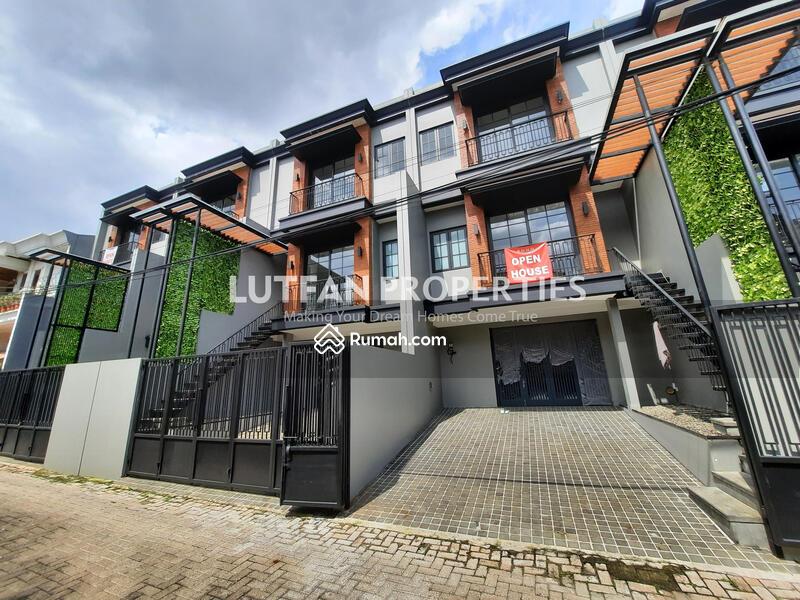 Rumah SOHO Bergaya American Industrial Dekat Stasiun MRT Cipete Dengan 2 IMB Rumah Dan Kantor #102346586