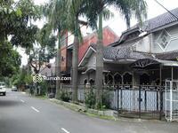 Dijual - Rumah Jalan Utama Margahayu Jalan Lebar 3 mobil