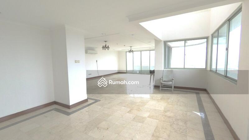 Apartemen 3 Lantai Bumimas Hilltop Jl Terogong Raya, Cilandak Luas 533m2 #102353394
