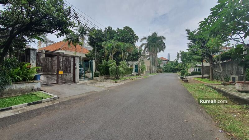 Dijual rumah di jalan brawijaya 1A kebayoran jaksel #102358496
