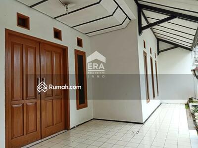 Dijual - Rumah tinggal di kawasan sejuk Lembang cocok utk usaha, srrategis, mainroad