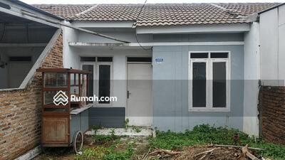 Dijual - Rumah siap huni dalam perumahan