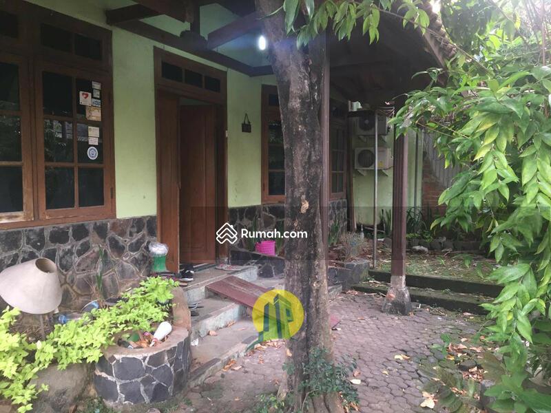 Rumah Istimewa di Pondok Bambu Jakarta Timur (p1249) #102529030