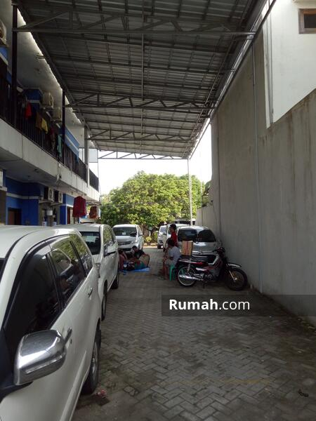 Carport Tertutup Canopy