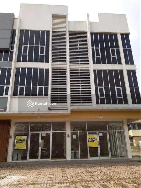 Ruko Hoek 3 Lantai Gandeng di Little Ginza, Citra Raya, Tangerang #102600940