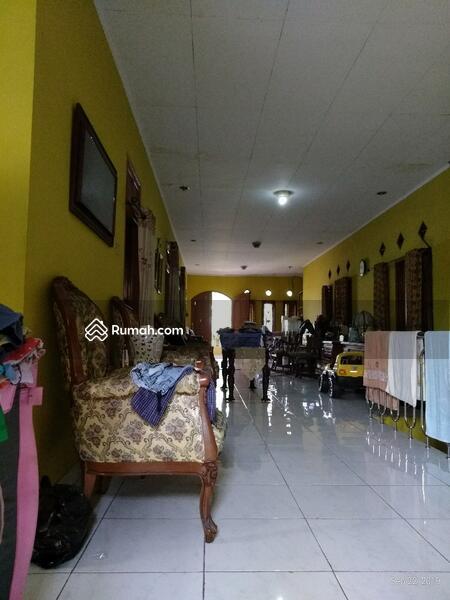 Rumah 2lantai siap huni luas 247m Type 5KT Rawamangun Jakarta Timur #102609438