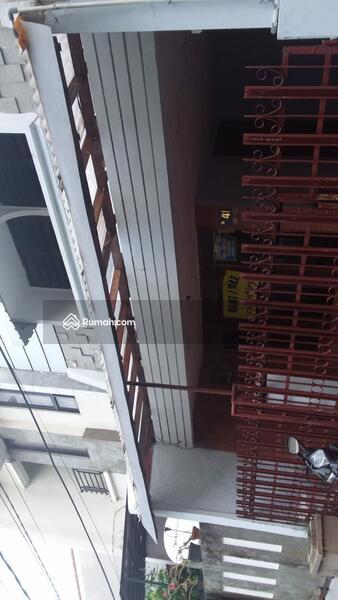 Rumah Pulo Asem #102614910