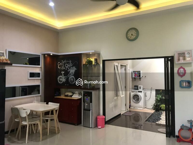 Rumah Dijual Murah Semi Furnish Siap Huni Rungkut #102626368