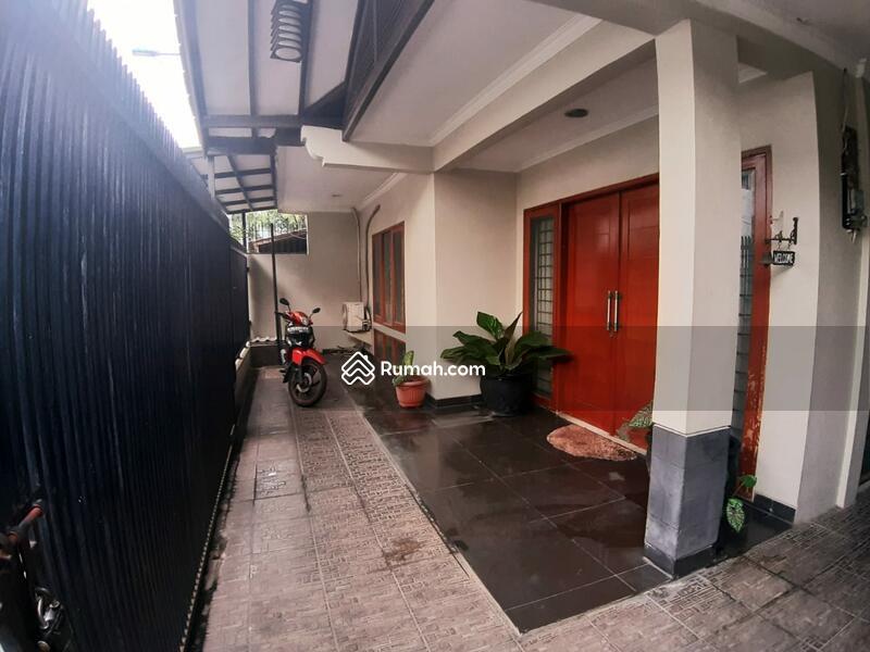 Rumah Cantik dan terawat, siap huni di Tebet #102711648