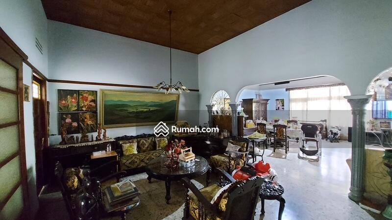 Rumah Strategis Area Jalan Ahmad Yani, 2menit ke IBCC Cafe Bali, cocok untuk kantor / tempat tinggal #102712254