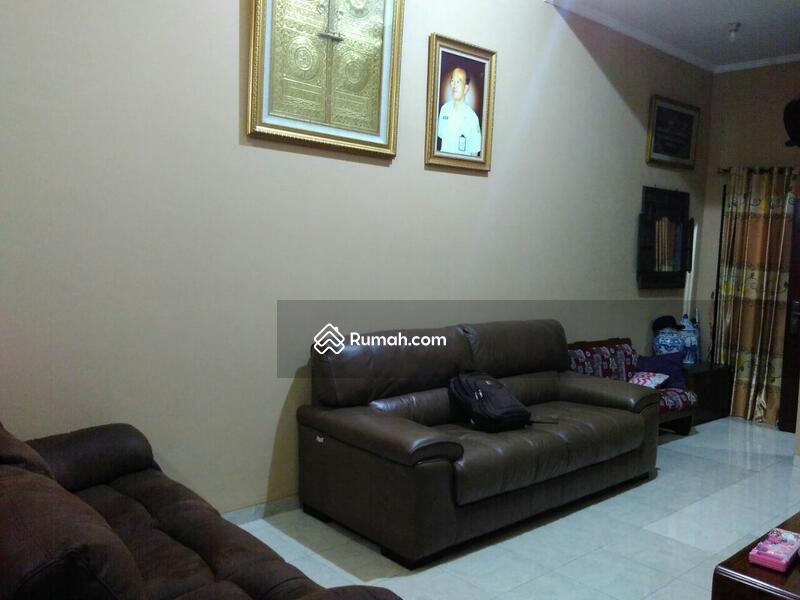Dijual Cepat Rumah 1.5 Lantai di Cluster Verina Graha Raya #102766078