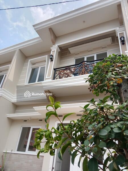 Rumah mewah kokoh tanah luas Akses strategis #105168364