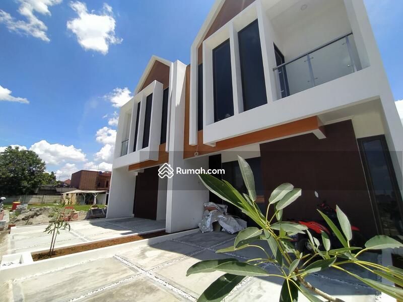 Dp 5% FREE bphtb Rumah mewah exclusive dan strategis selangkah cawang #104064498
