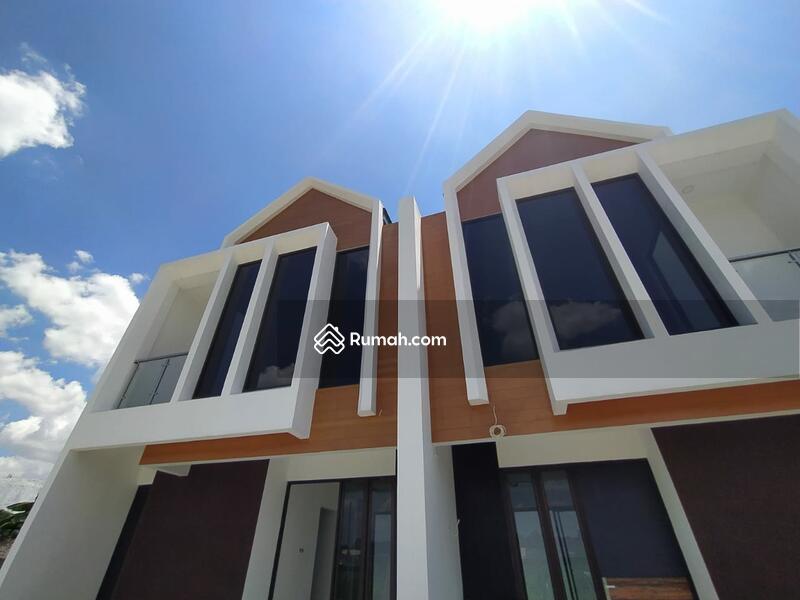 Dp 5% FREE bphtb Rumah mewah exclusive dan strategis selangkah cawang #104894866