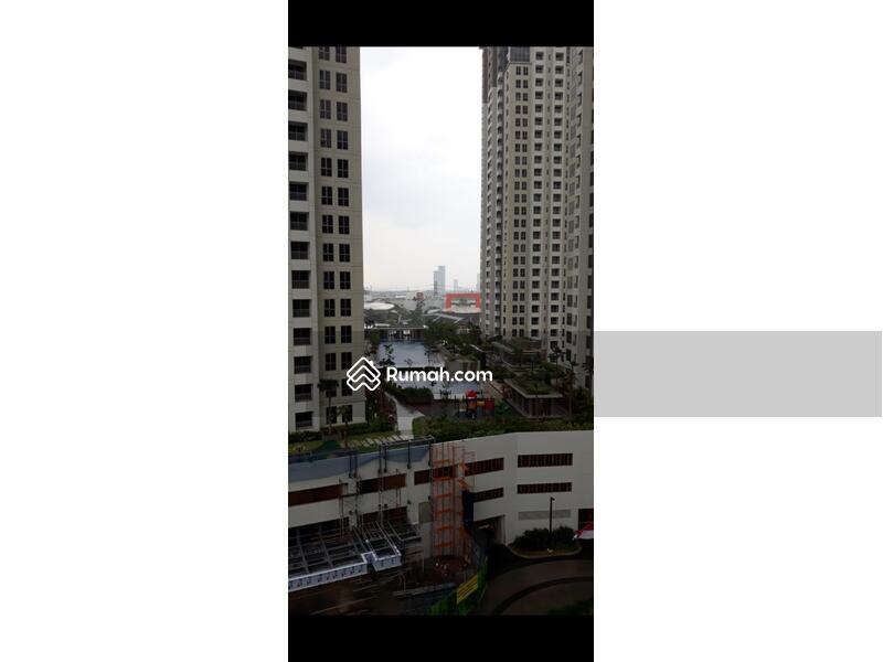 Tangerang #102903238