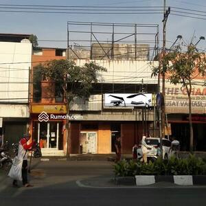 Dijual - Dijual Tanah Bonus Bangunan Di Raya Kedungdoro Surabaya Pusat