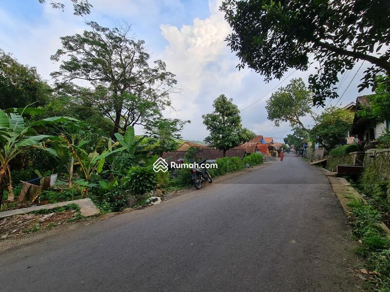 Tanah Bandung #106884798