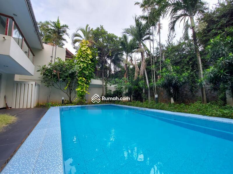 Cipete Kemang luas 623 dalam town house dengan private swimming pool #103080788