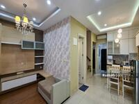 Disewa - Rumah semi furnish 6x15 europe kitchen set, ac, rak tv, kulkas, full wallpaper ready @greenlake