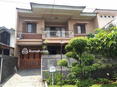 Dijual - Dijual rumah cantik 2 lantai di bintaro jaya sektor 2