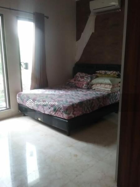 Rumah di Permata Buana 3 Lantai - Siap huni lokasi sangat nyaman , Furnish ! Bagus ! #103288856