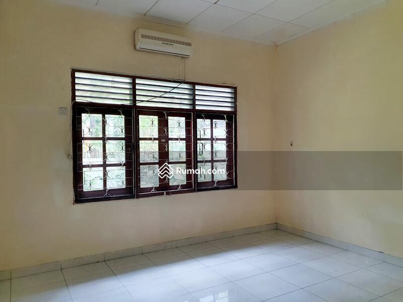 Hitung Tanah Untuk Bangun Rumah Baru Lokasi Strategis Premium Dekat SCBD Senayan Kebay Baru Jkt Sltn #103357410