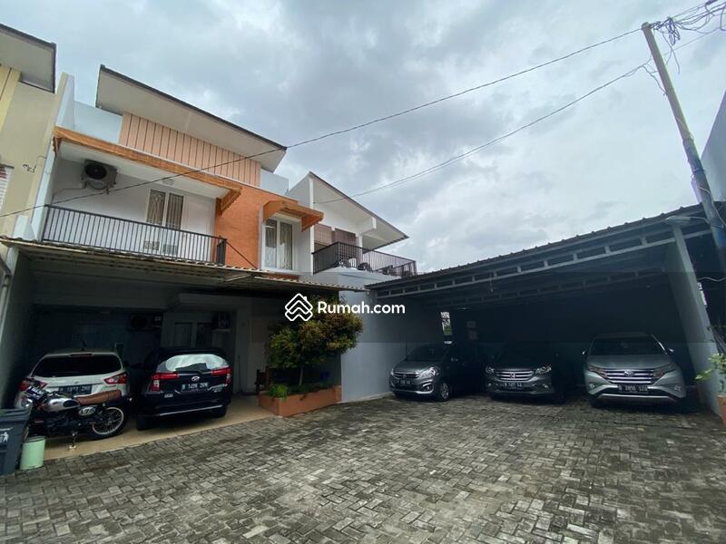 SIAP HUNI! Rumah Cantik View Menarik dalam Townhouse di Ciganjur Jagakarsa #103438516