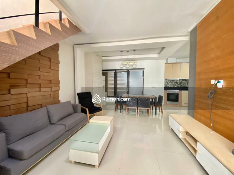 Disewakan Rumah Di Premier Riviera Rawamangun #103561616