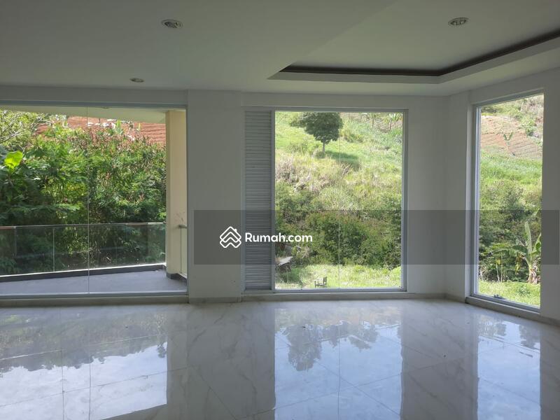 Dijual Rumah Mewah Minimalis Resor Dago Pakar-Bandung #103664424