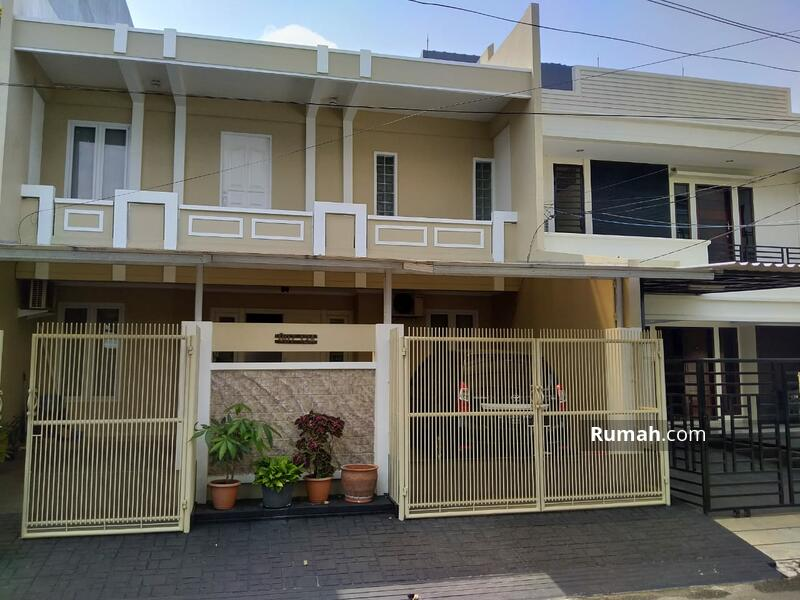 Rumah Minimalis Modern di Kelapa Gading #103703914