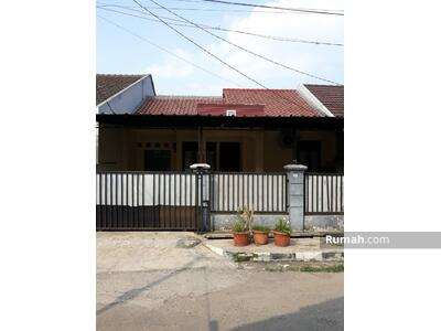 Disewa - Disewakan Rumah semi furnished di Puri Nirwana Estate Cibinong Bogor