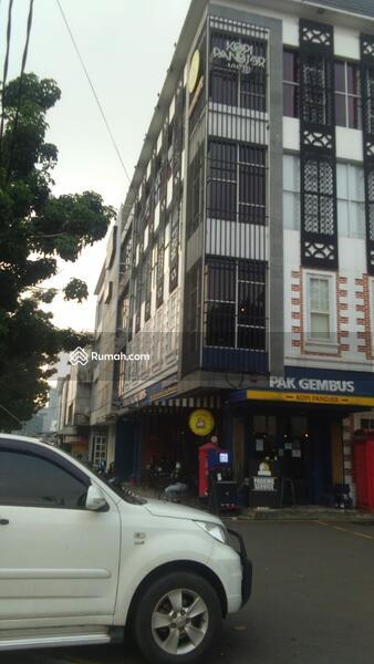 Gedung Perkantoran Di Jl Lapangan Bola Kebon Jeruk #105119446