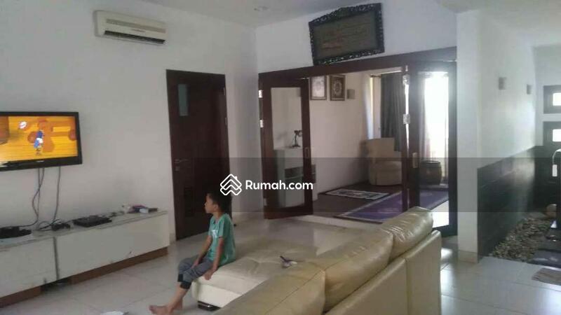 Rumah mewah Dalam komplek nyaman dan tenang  jakarta timur #103803744