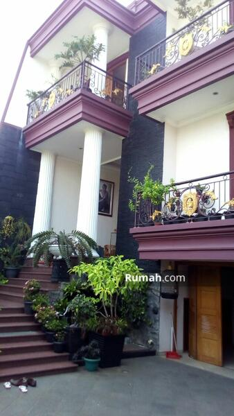 Rumah Mewah Pondok Kelapa Jakarta Timur #103811588
