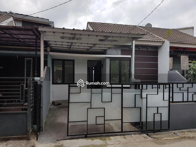Dijual rumah murah di Cibubur, Bekasi 300 jutaan, Full Renovasi depan taman, fasilitas lengkap #103813178