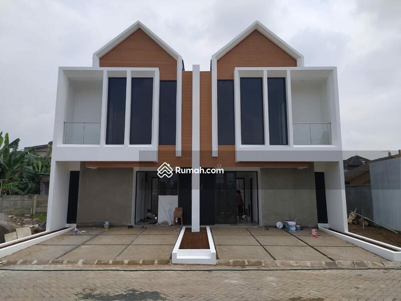 Rumah di Jatiwaringin Bekasi, 2KM dari TOL #103813978