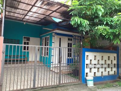 Dijual - Rumah di Jalan Tugu Karya Cipondoh