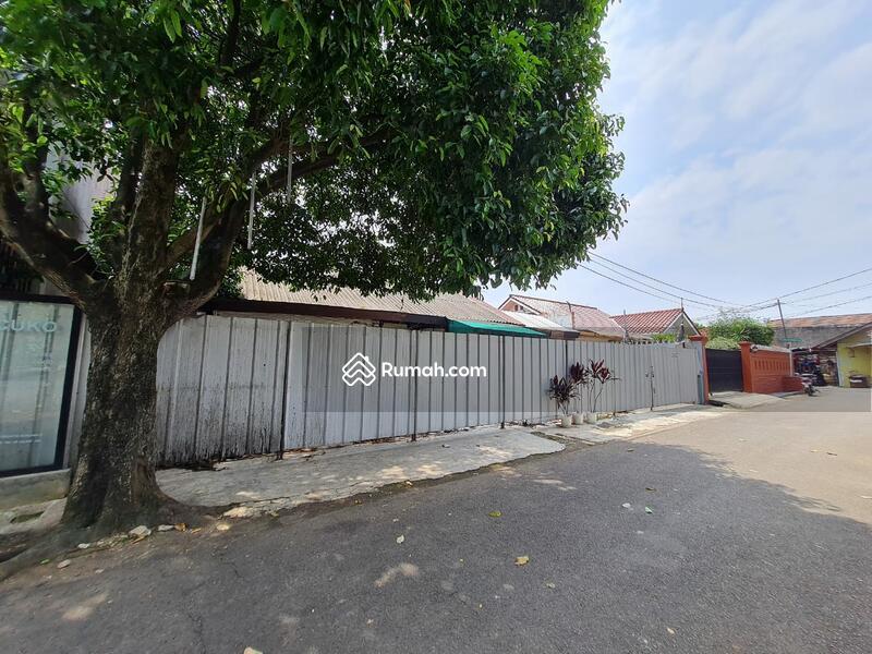 Rumah lama hitung tanah dekat toll cilandak jakarta selatan #103890416