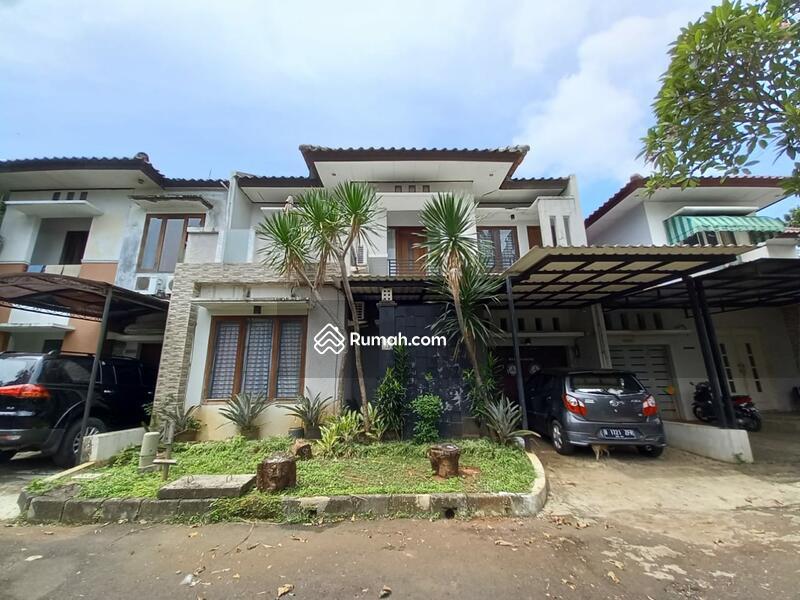 Town House mewah Dalam komplek Cinere #103944604