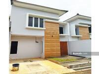 Dijual - Siap Huni 2 Lantai Termurah di Jatiasih Banyak promonya, hanya 10 menit ke tol