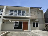 Dijual - Hot Sale Rumah Mewah 2 Lantai, Siap Huni