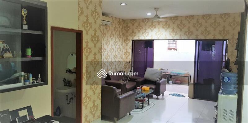Rumah 2 lantai siap huni luas 148m 9x17 type 3KT cluster Zebrina JGC Jakarta Garden City Cakung #104107576