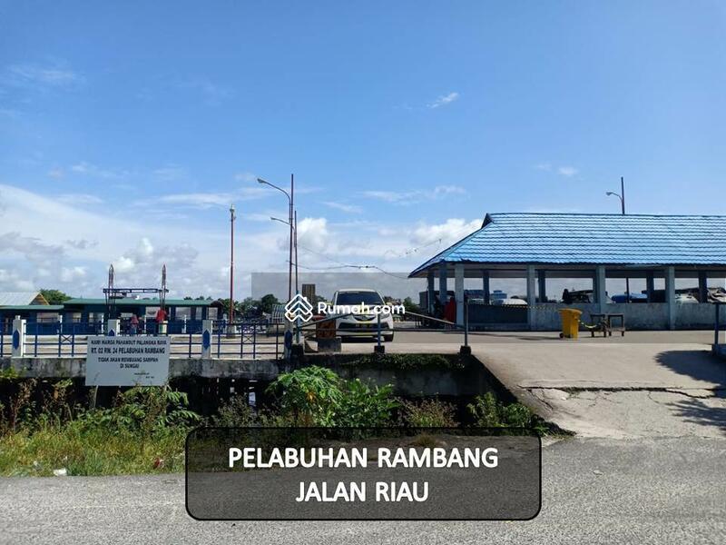 Tanah pelabuhan Rambang #104174864