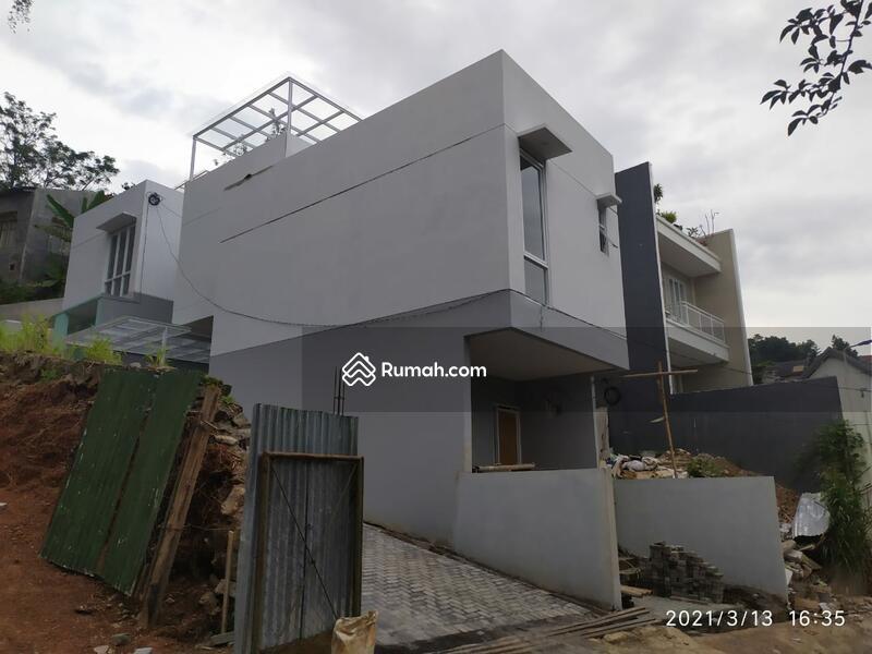 HOT Promo Rumah 2 Lantai Termurah di Bandung Villa Tropis Dago #104194912