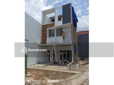 Dijual - Rumah baru di Cipinang Rawamangun