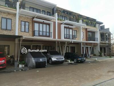 Dijual - cluster exclusive 3 lantai di Jatiasih