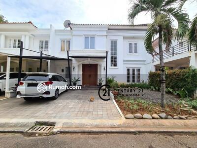 Dijual - Rumah Cantik Siap Huni Di Sektor 9 - SC 3344 BR
