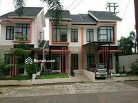 Disewa - Disewakan 1 rumah, di Cluster Syariah, dekat Grand Wisata Bekasi Timur